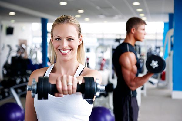 Seis ventajas de ir al gimnasio en verano chicureo hoy for Gimnasio 30 minutos