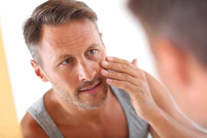 eliminar-arrugas-frente-hombres