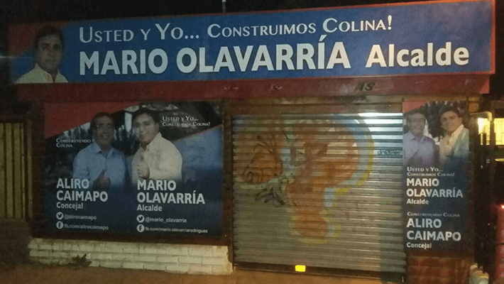 Los afiches de los candidatos se encuentran desde hace varias semanas, según indica Marcos Salgado.
