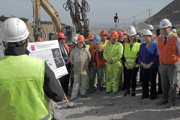 La Presidenta Bachelet visitó esta mañana las obras del túnel Chamisero II. FOTO: Chicureo Hoy