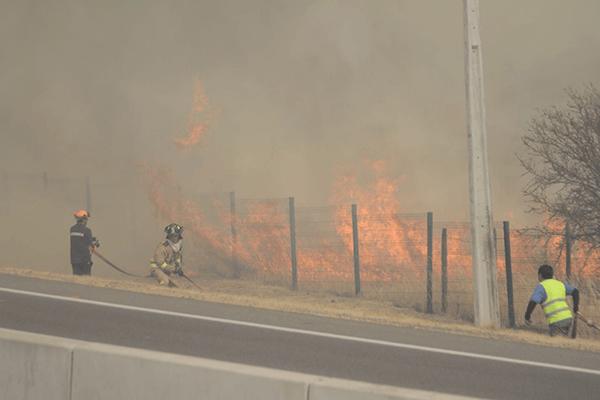 incendio autopista 8