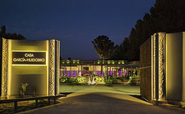 Se inaugura centro de eventos de lujo en chicureo for Centro de eventos jardin botanico