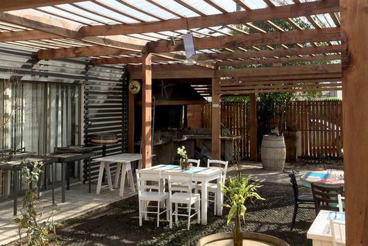 Quinchos y terrazas preparando el hogar para el calor chicureo hoy - Techado de terrazas ...