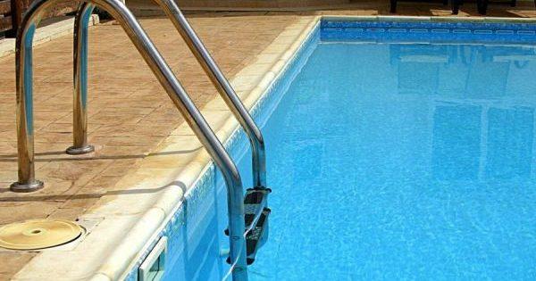 Dos ni os fallecen por inmersi n en piscina en menos de 24 for Piscina 24 horas madrid